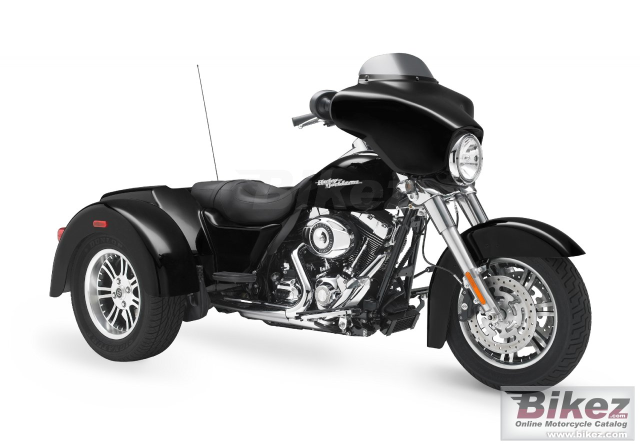 Big Harley-Davidson flhxx street glide trike picture and wallpaper from Bikez.com