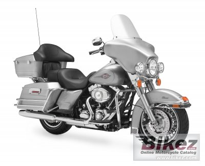 2011 Harley-Davidson FLHTC Electra Glide Classic photo