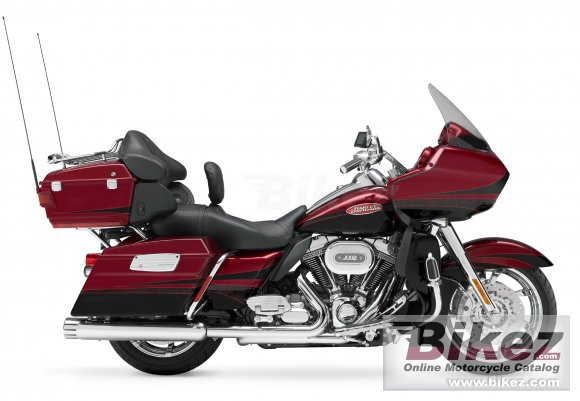 2011 Harley-Davidson FLTRUSE CVO Road Glide Ultra photo