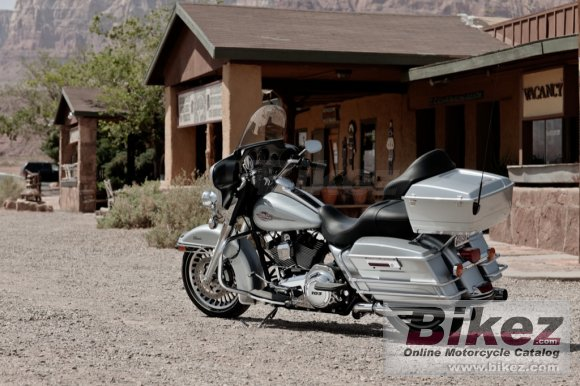 2012 Harley-Davidson FLHTC Electra Glide Classic