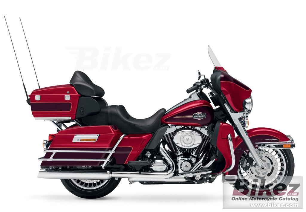 Big Harley-Davidson flhtcu ultra classic electra glide picture and wallpaper from Bikez.com