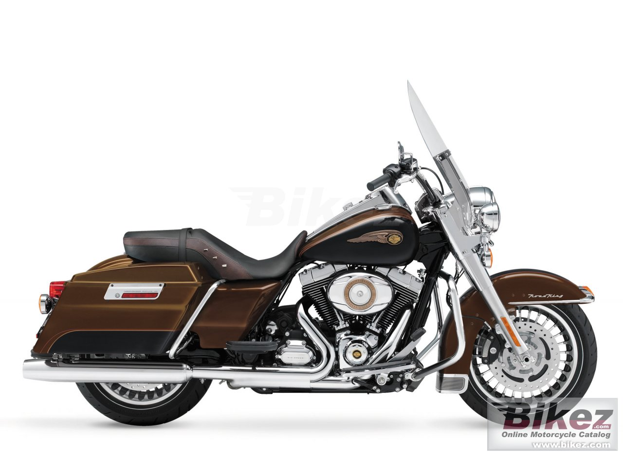 Big Harley-Davidson road king 110th anniversary picture and wallpaper from Bikez.com