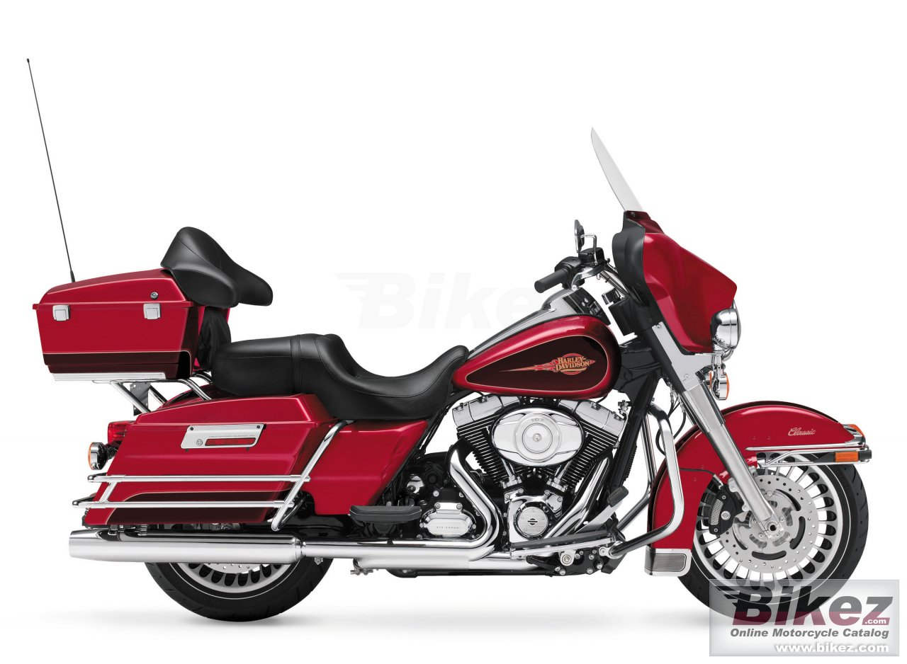 Big Harley-Davidson electra glide classic picture and wallpaper from Bikez.com