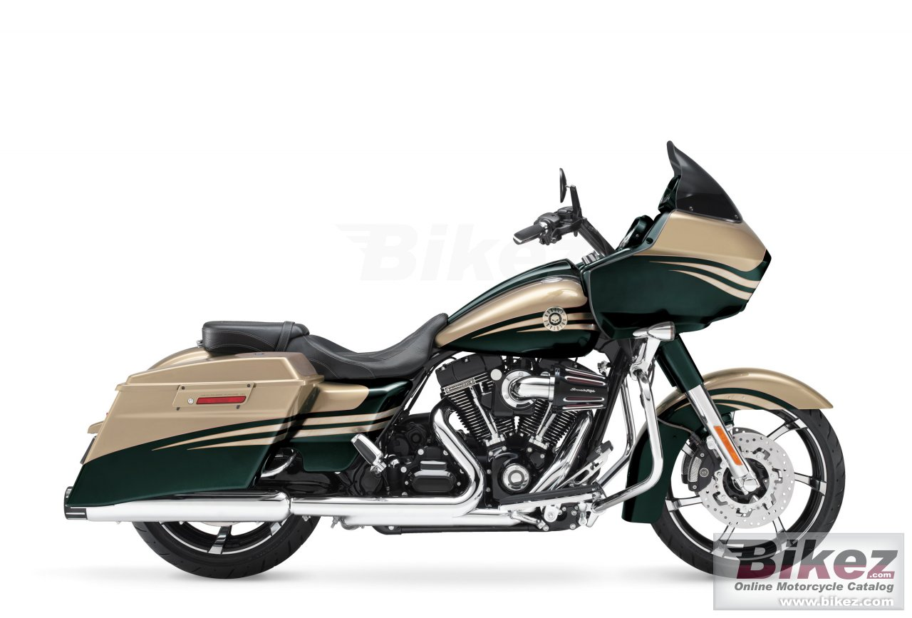 Big Harley-Davidson cvo road glide custom picture and wallpaper from Bikez.com