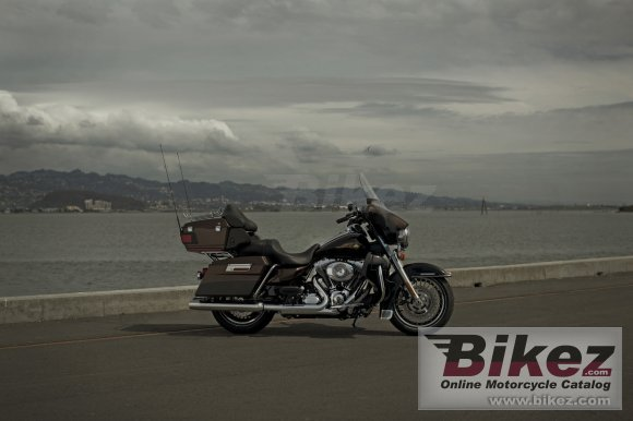 2013 Harley-Davidson Electra Glide Ultra Limited 110th Anniversary photo