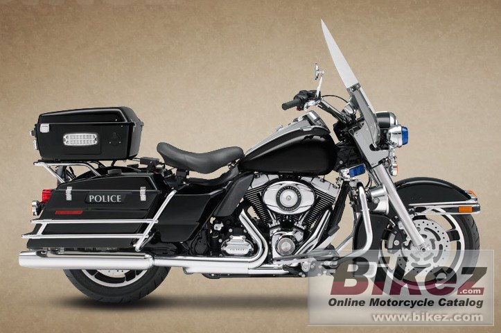 Big Harley-Davidson road king police picture and wallpaper from Bikez.com