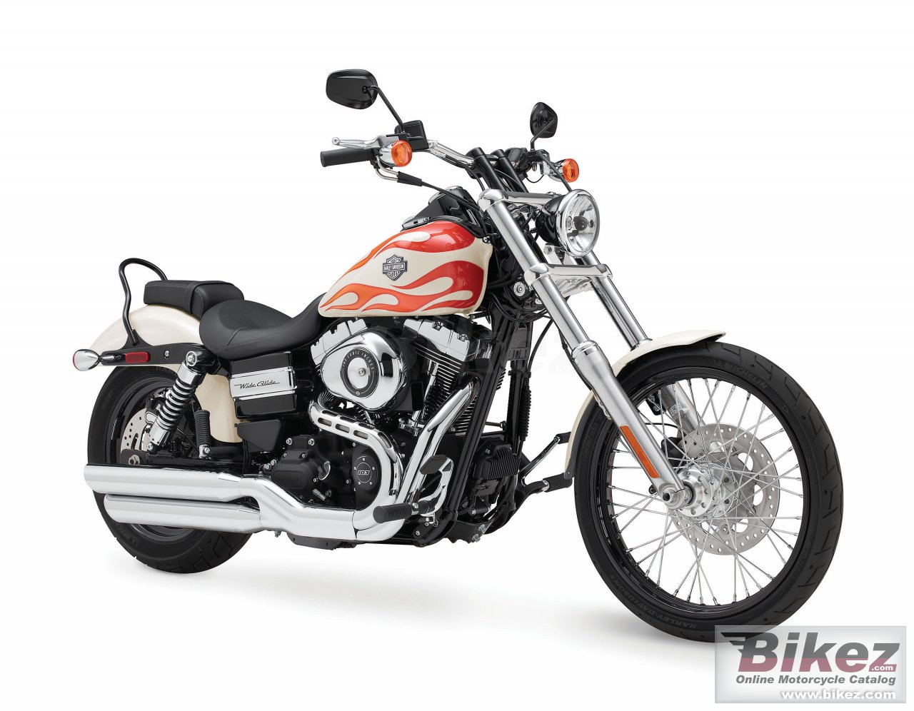 Big Harley-Davidson dyna wide glide picture and wallpaper from Bikez.com