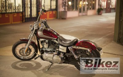 2014 Harley-Davidson Street Bob Dark Custom photo