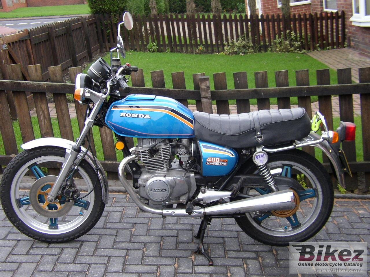 Phil Young cb 400 a