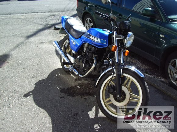 1981 Honda CB 400 N (reduced effect)