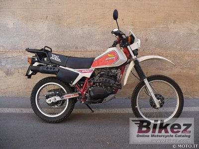 1983 Honda XL 250 R photo