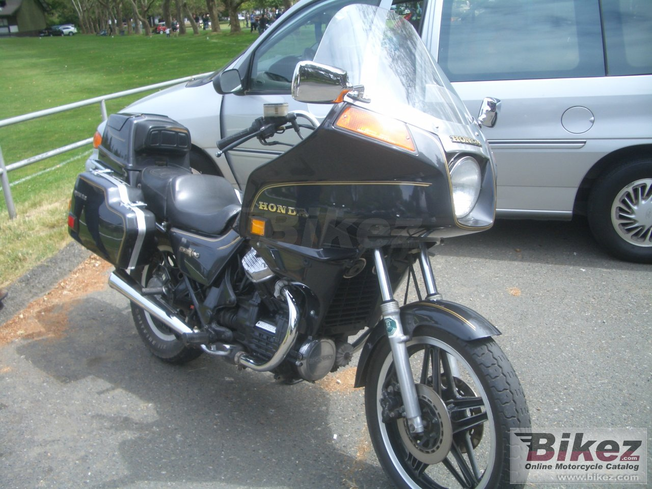 Honda GL 500 Silver Wing (reduced effect)