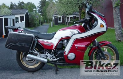 1983 Honda CB 1100 F (reduced effect)