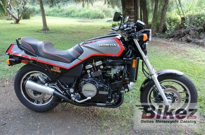 1984 Honda VF 1100 S photo