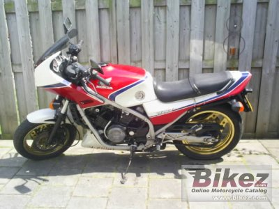 1986 Honda VF 750 F photo