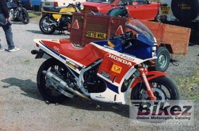 1986 Honda VF 500 F 2