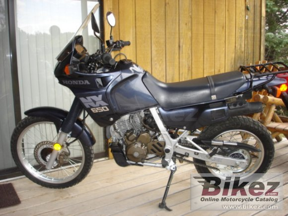 1988 Honda NX 650 Dominator photo