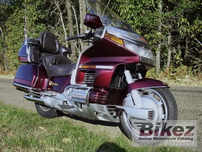 1989 Honda GL 1500-6 Gold Wing specifications and pictures