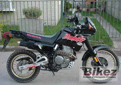1990 Honda NX 650 Dominator photo