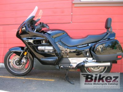 1994 honda st 1100 pan european specifications and pictures. Black Bedroom Furniture Sets. Home Design Ideas