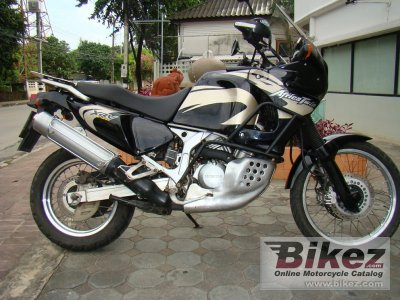 1995 honda xrv 750 africa twin specifications and pictures. Black Bedroom Furniture Sets. Home Design Ideas