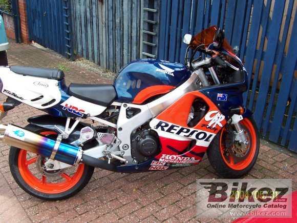 1996 Honda CBR 900 RR Fireblade photo