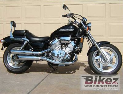 1997 Honda VF 750 C Magna photo