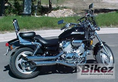 1997 Honda VF 750 C photo