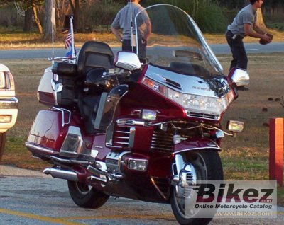 1998 Honda GL 1500 Gold Wing SE specifications and pictures