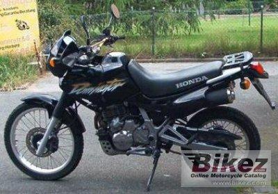 Honda NX 650 DOMINATOR (1998) - názory motorkářů