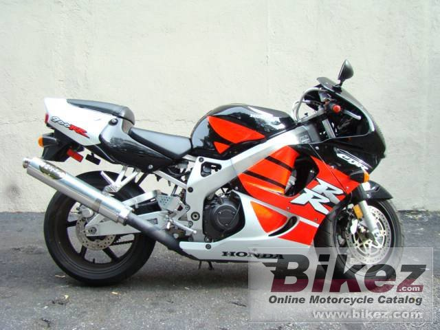 Big  cbr 900 rr picture and wallpaper from Bikez.com