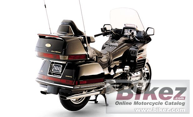 Big Published with permission. gl 1500 se gold wing picture and wallpaper from Bikez.com