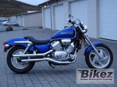 2003 Honda VF 750 Magna photo