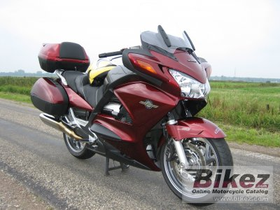 2005 Honda ST 1300 ABS photo