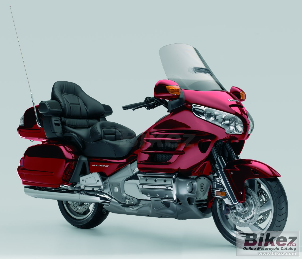 Big Honda gold wing audio-comfort-navi-abs picture and wallpaper from Bikez.com