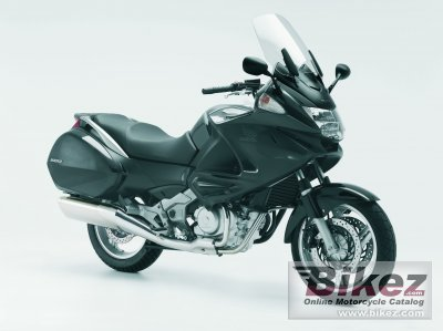 2009 Honda NT700V Deauville photo