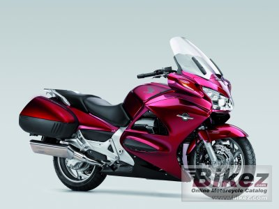 2011 Honda ST1300 Pan-European photo