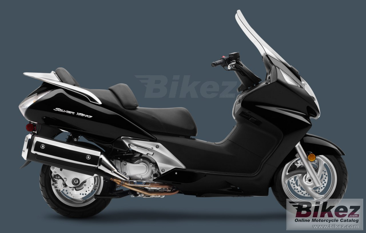 Big Honda silver wing abs picture and wallpaper from Bikez.com