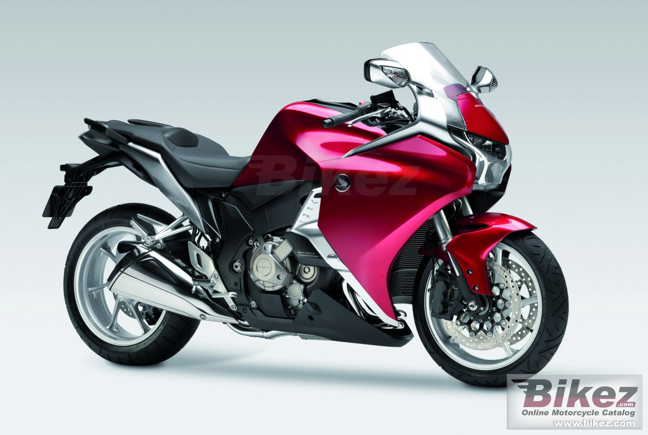 Big Honda vfr1200f picture and wallpaper from Bikez.com