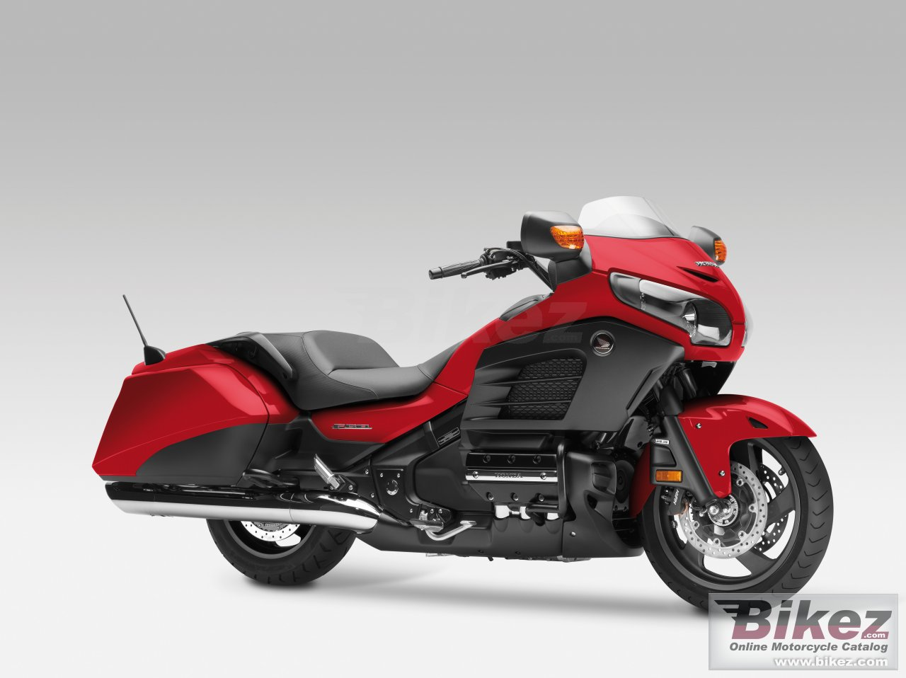 Big Honda gold wing f6b picture and wallpaper from Bikez.com
