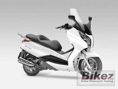2013 Honda S-Wing 125 photo