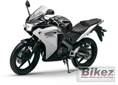 2013 Honda CBR 150R specifications and pictures
