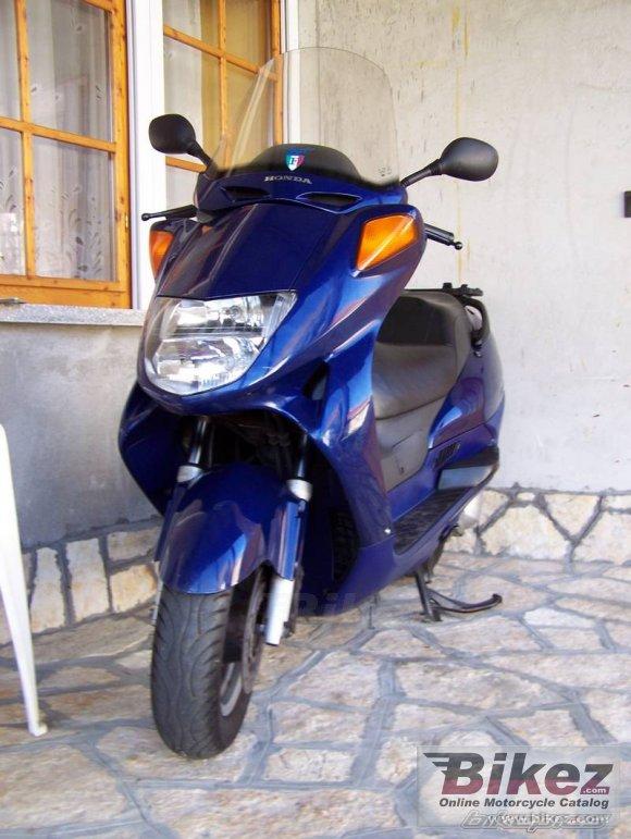 Honda FES 250