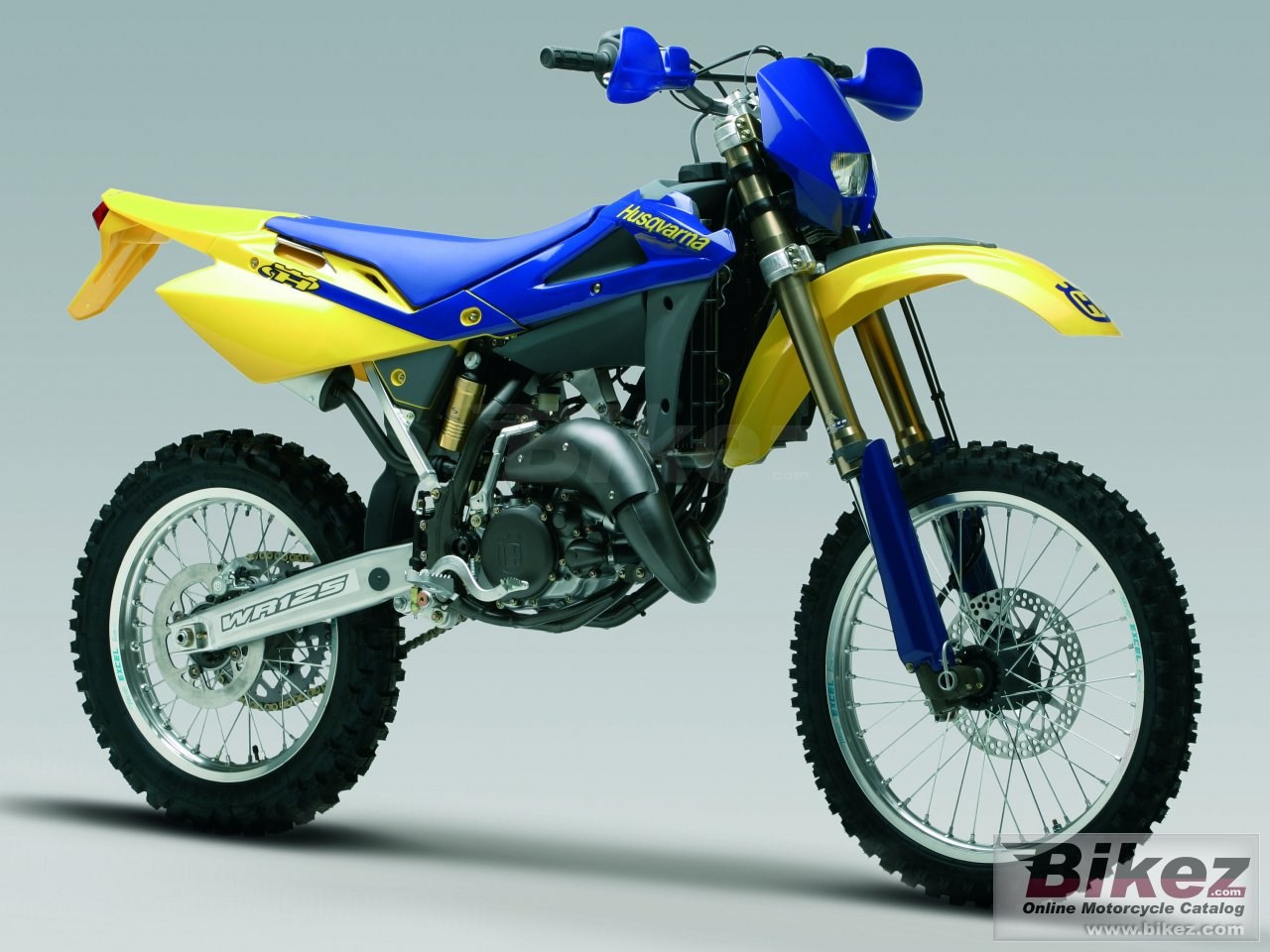 Big Husqvarna wr 125 picture and wallpaper from Bikez.com