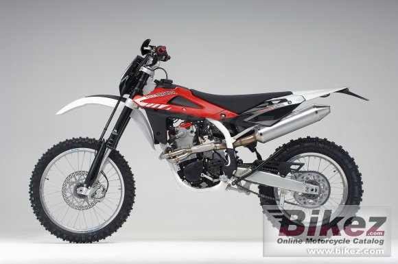 2008 Husqvarna TE 450 photo