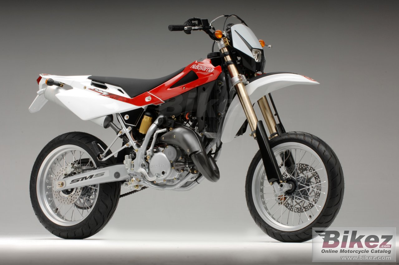 Big Husqvarna sm 125s picture and wallpaper from Bikez.com