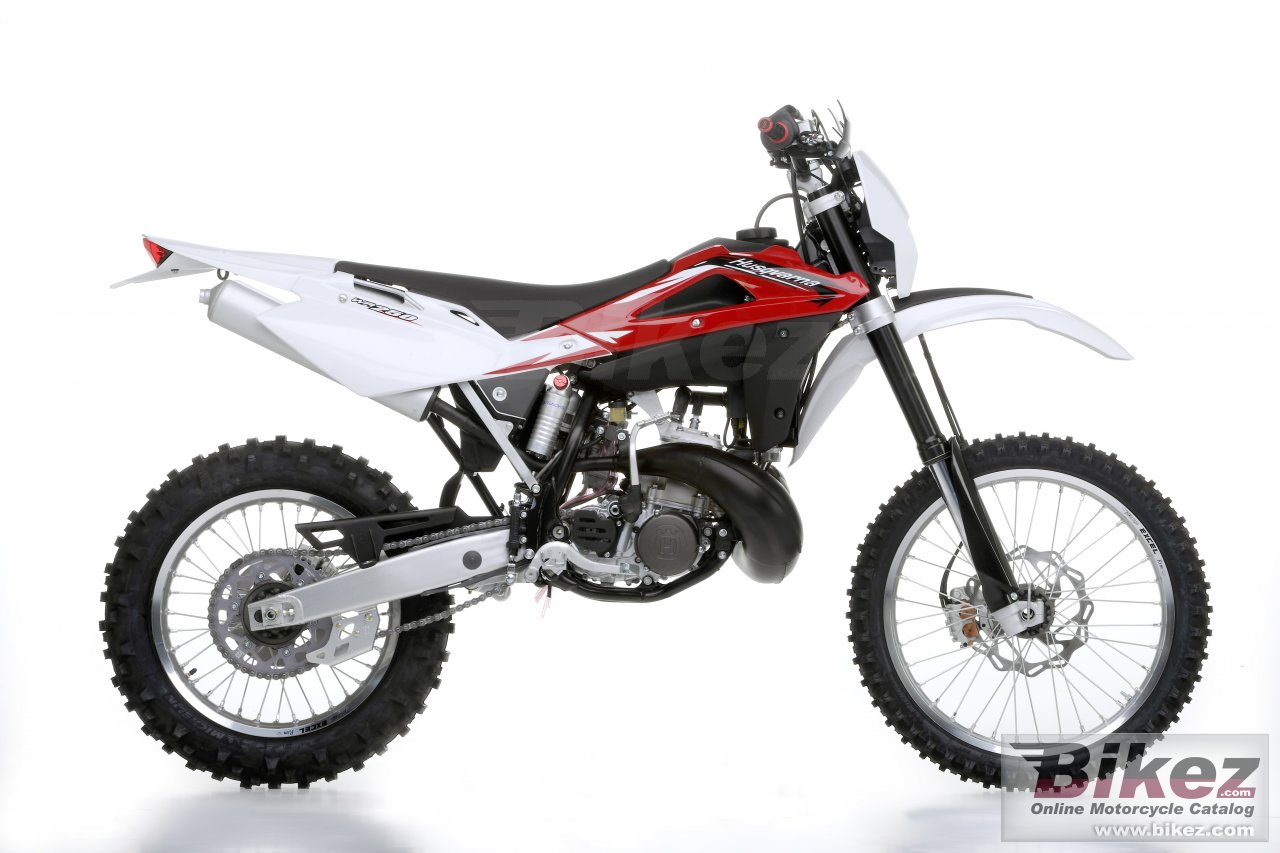 Big Husqvarna wr250 picture and wallpaper from Bikez.com