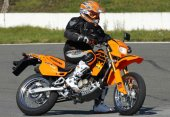 2008 Hyosung XRX 125 Supermoto photo