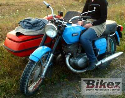 1975 IZH Jupiter 3 (with sidecar)