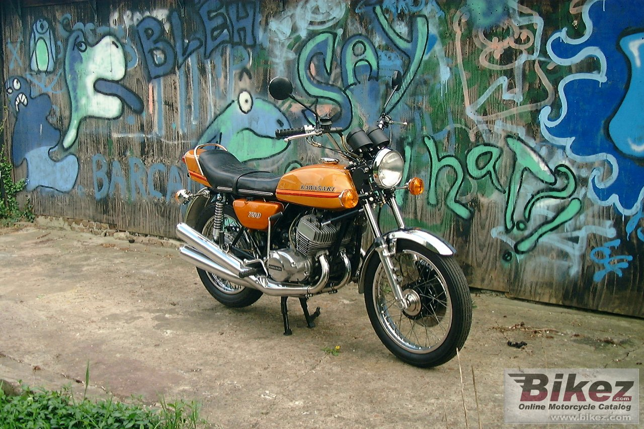 Big  750 h 2 mach iv picture and wallpaper from Bikez.com